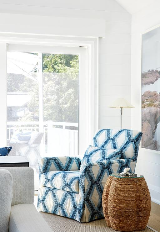 Fine White And Blue Trellis Chair With Woven Clover Accent Table Evergreenethics Interior Chair Design Evergreenethicsorg