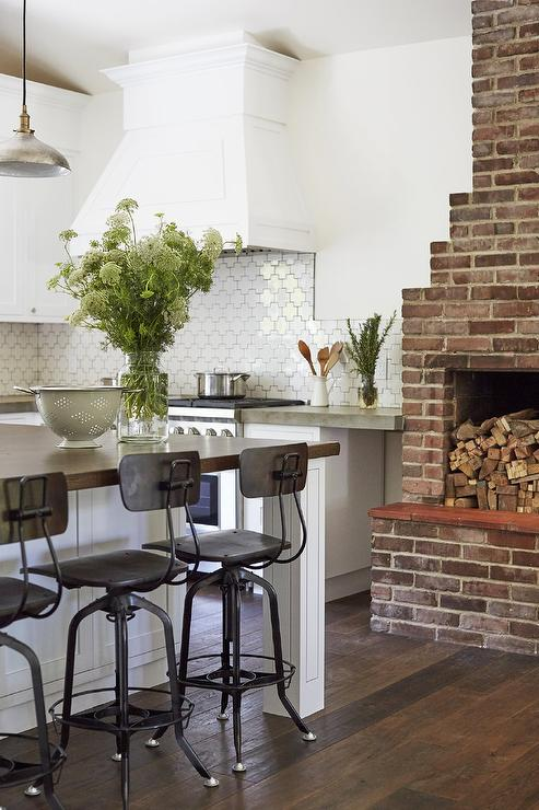 Red Brick Fireplace Design Ideas