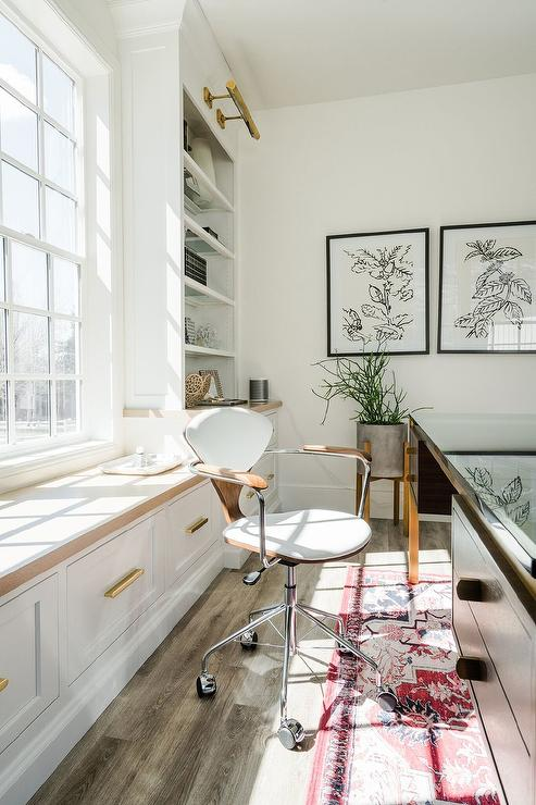 Incredible Window Seat Behind Vintage Desk Transitional Den Library Ocoug Best Dining Table And Chair Ideas Images Ocougorg