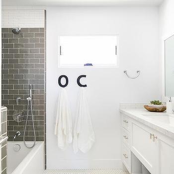 Dark Gray Bathroom Walls Design Ideas