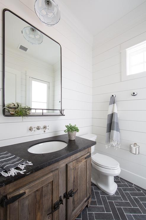 Farmhouse Bathroom Toilet