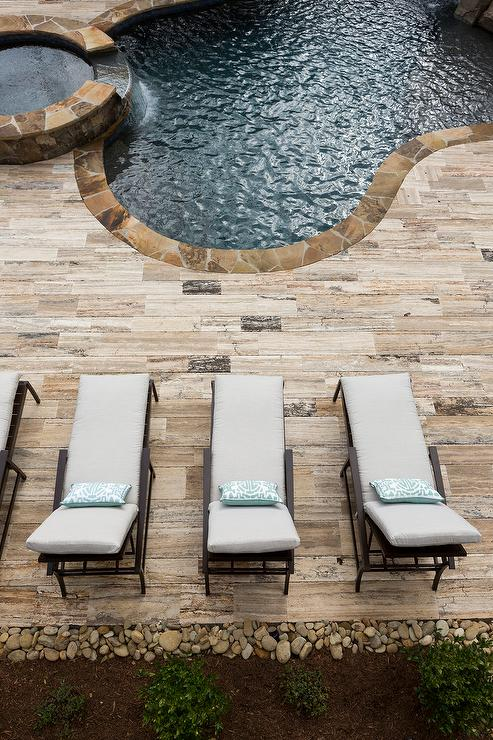 Kidney Bean Shaped Pool With Spa Transitional Pool