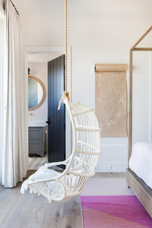 Tremendous White Hanging Rattan Chair In Front Of Canopy Bed Machost Co Dining Chair Design Ideas Machostcouk