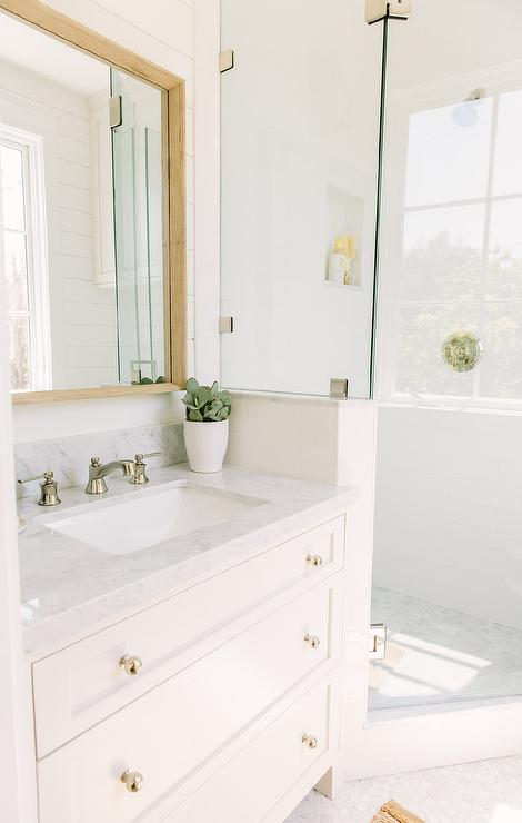 Wood Box Frame Mirror With White Washstand Cottage Bathroom