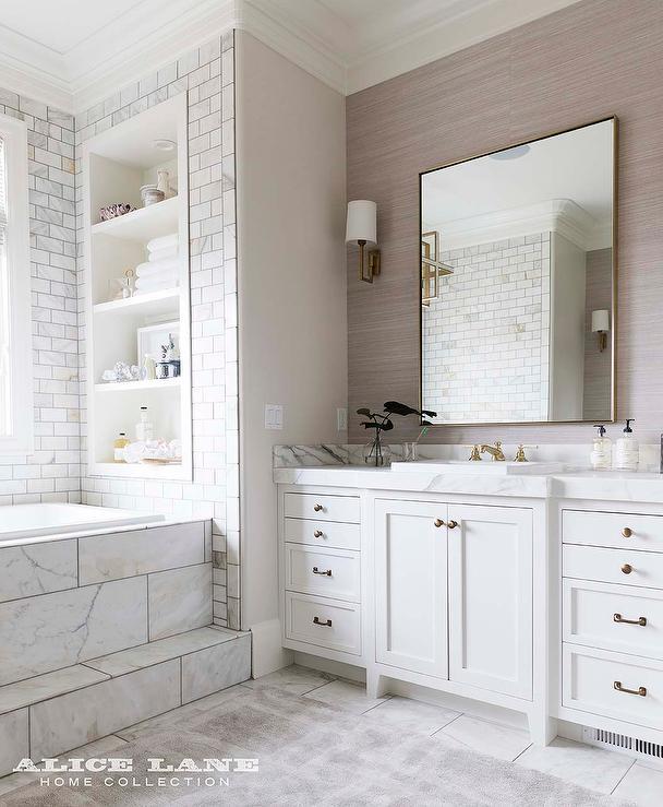 Elegant White Master Bedrooms: Elegant Master Bathroom Design Ideas