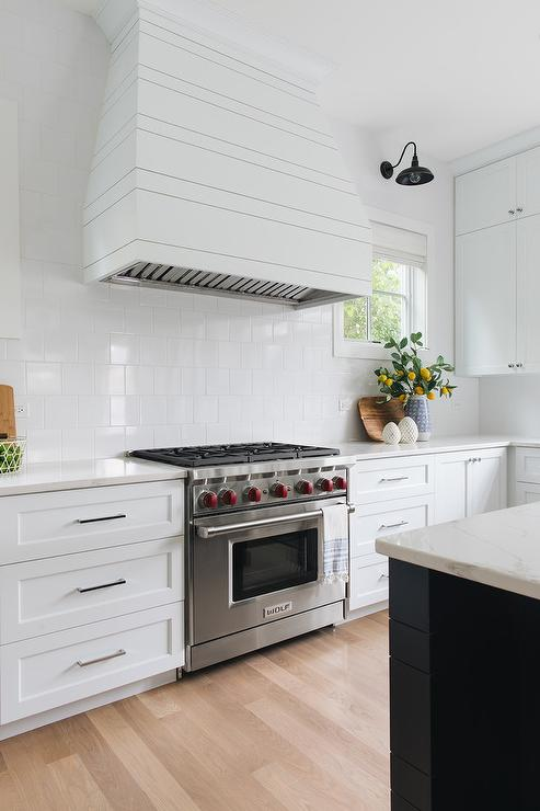 White Plank Range Hood with Square White Porcelain Tiles