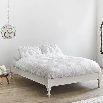 2d524c96f50fc7 Bellevue White Turned Legs Wood Platform Bed