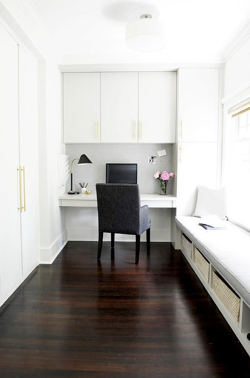 Tremendous Work Space With Long Built In Window Seat Transitional Theyellowbook Wood Chair Design Ideas Theyellowbookinfo