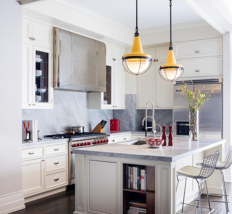 Kitchen Backsplash Off White Cabinets