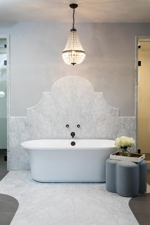 French Chandelier Over Tub Design Ideas