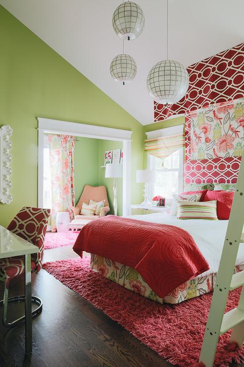 Red and Green Girls Bedroom Design - Transitional - Girl\'s Room