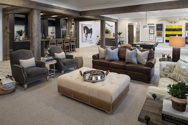 Cabin Living Room Design - Country - Living Room ...