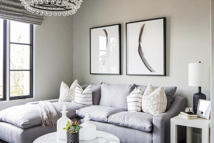 Wondrous Gray Sofa With Chaise Lounge And Round Marble Coffee Table Inzonedesignstudio Interior Chair Design Inzonedesignstudiocom