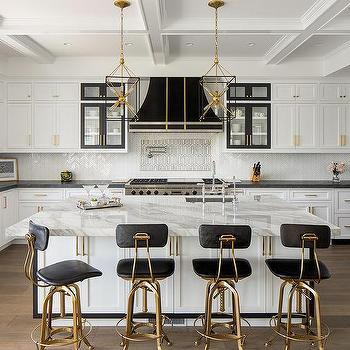 Central Kitchen Island Design Ideas