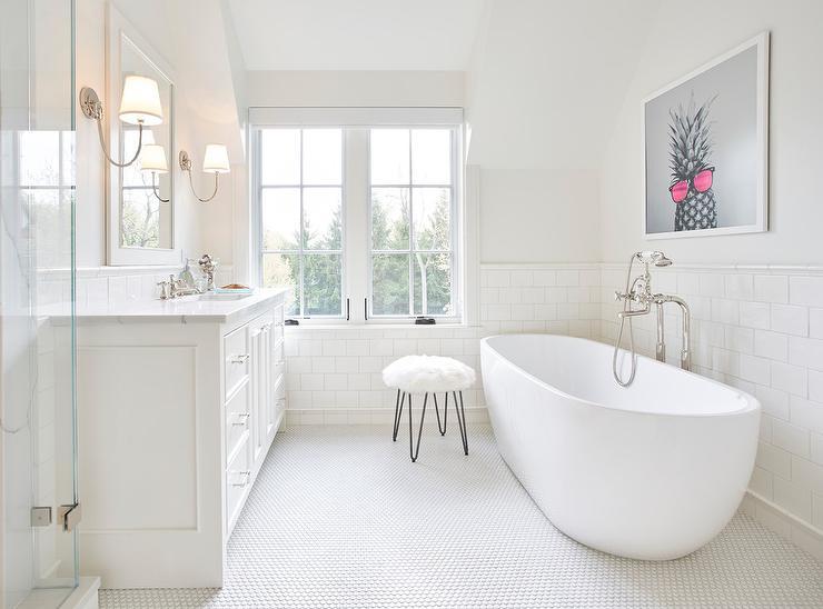 Vintage Penny Tile Bathroom Floor Design Ideas