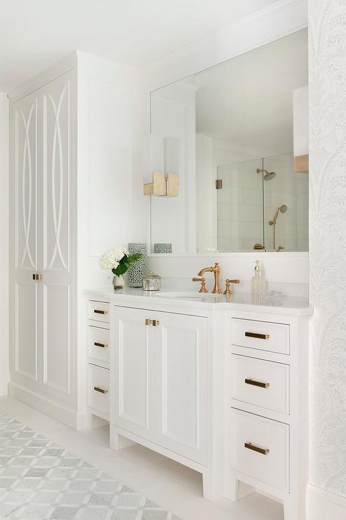 . Floor To Ceiling Bathroom Cabinet Design Ideas