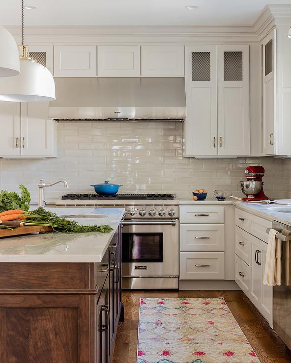 Astonishing Light Gray Backsplash Tiles With White Shaker Cabinets Download Free Architecture Designs Embacsunscenecom