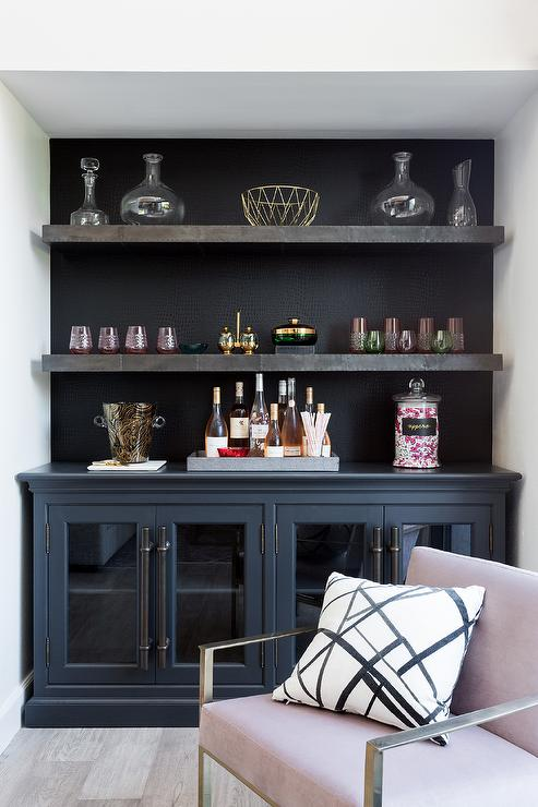 Stupendous Black Built In Bar Shelves And Cabinets Contemporary Home Interior And Landscaping Mentranervesignezvosmurscom