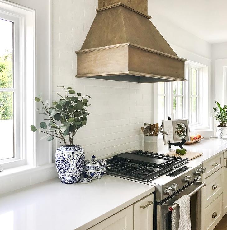White Kitchen Cabinets Design: Off White Kitchen Cabinets Design Ideas
