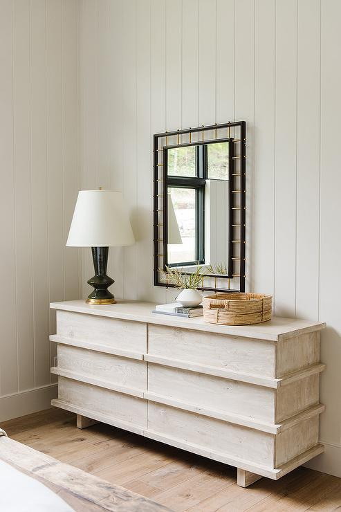 Half Vertical Shiplap Walls Design Ideas