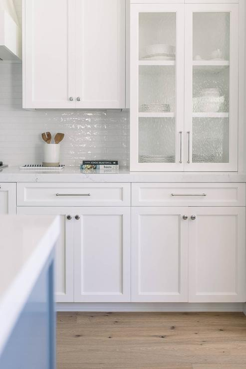 White Shaker Kitchen Cabinets Design Ideas