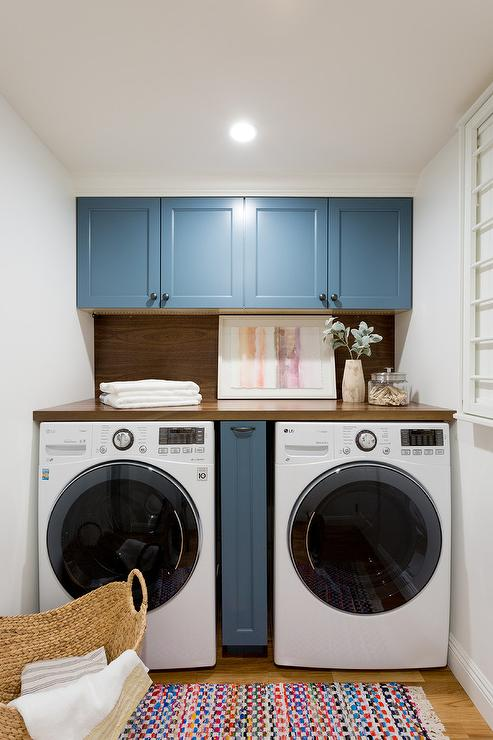Pull Out Cabinet Between Washer And Dryer Transitional