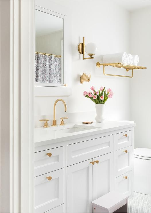 Towel Rack Above Toilet Design Ideas, White Over The Toilet Cabinet With Towel Bar