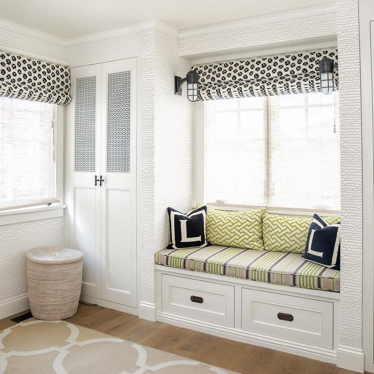 Brilliant Mudroom Built In Bench And Window Seat Transitional Bralicious Painted Fabric Chair Ideas Braliciousco