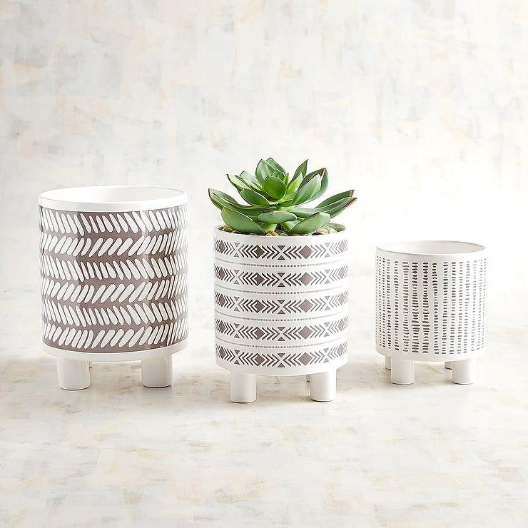 Stackable Clear Glasses In Assorted Sizes