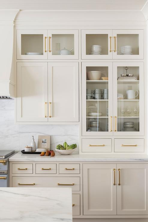 Brass Pulls On Ivory Shaker Kitchen Cabinets Transitional Kitchen