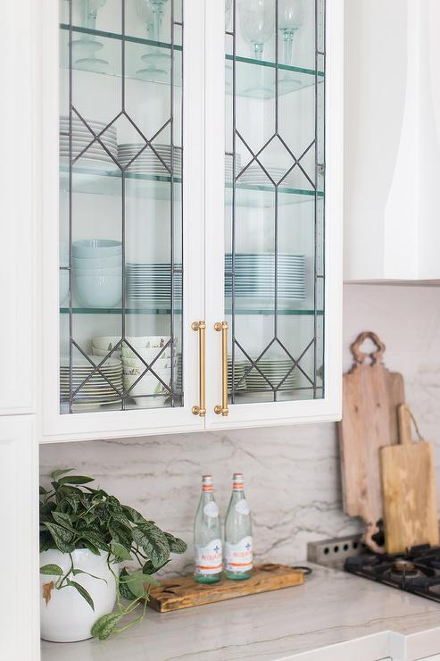 Leaded Glass Kitchen Cabinets Design Ideas, Stained Glass Kitchen Cabinet Knobs