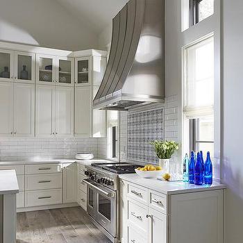 White Stacked Kitchen Backsplash Tiles Design Ideas