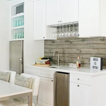 White Plank Backsplash Design Ideas