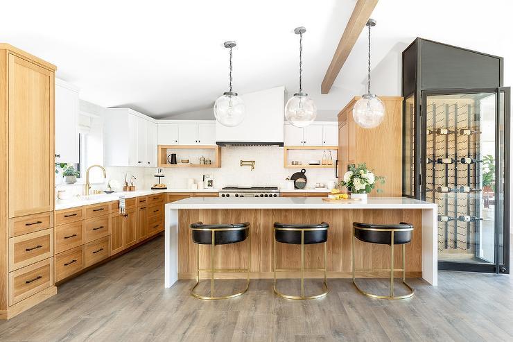 Golden Oak Kitchen Cabinets With White, Oak Kitchen Cabinets With White Countertops
