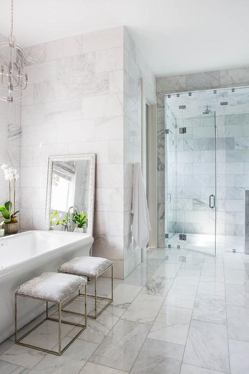Staggered Polished Marble Bathroom Floor Tiles Transitional
