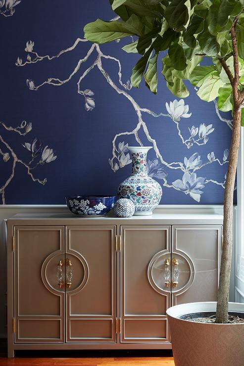 Blue And Green Chinoiserie Wallpaper With Greek Key Trim