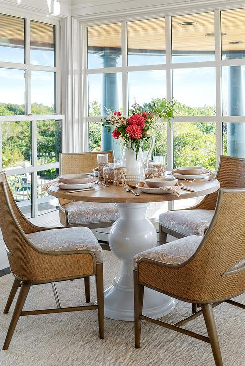 Round Dining Table Design Ideas, Small Round Dining Table Decorating Ideas