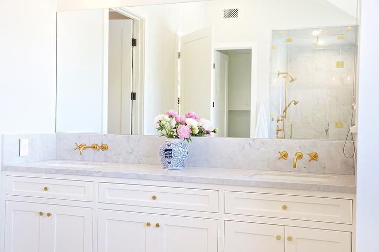 Frameless Bathroom Mirror Design Ideas