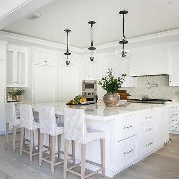 Large Square Kitchen Island Design Ideas