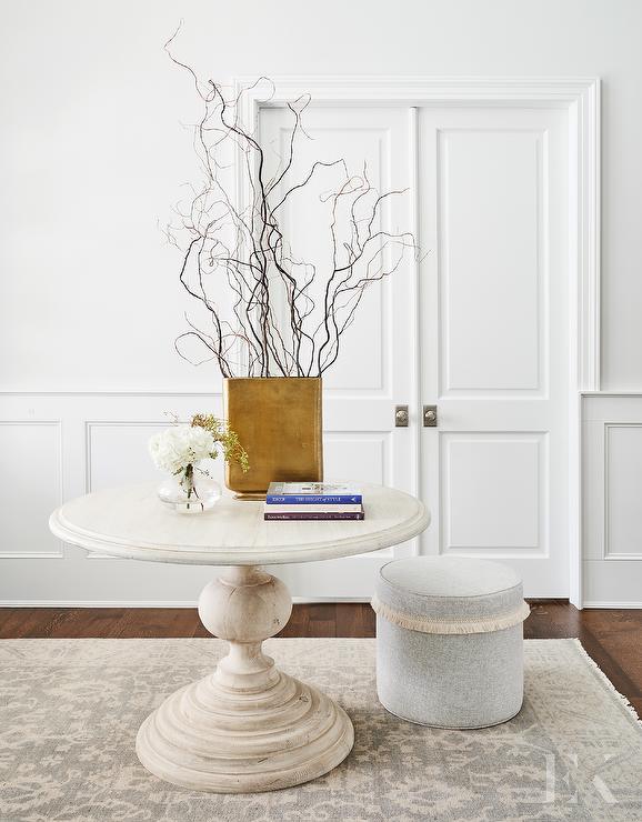 Round Pedestal Foyer Table Design Ideas, Round Foyer Table Marble Top