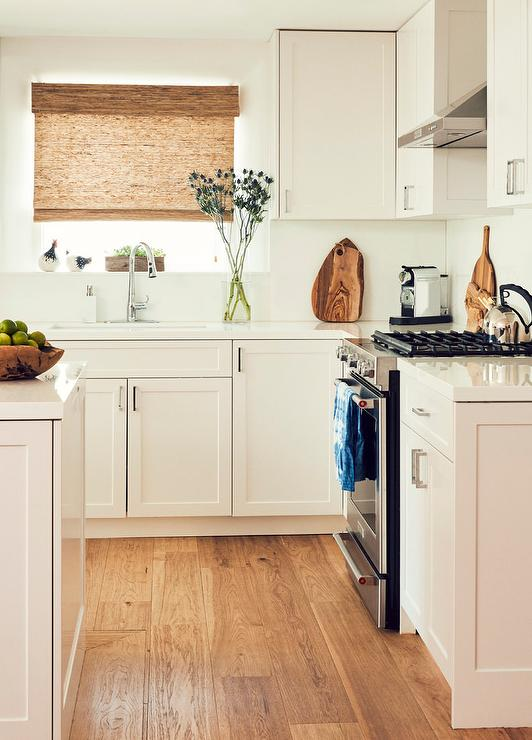Coastal Kitchen With White Shaker Cabinetry Cottage