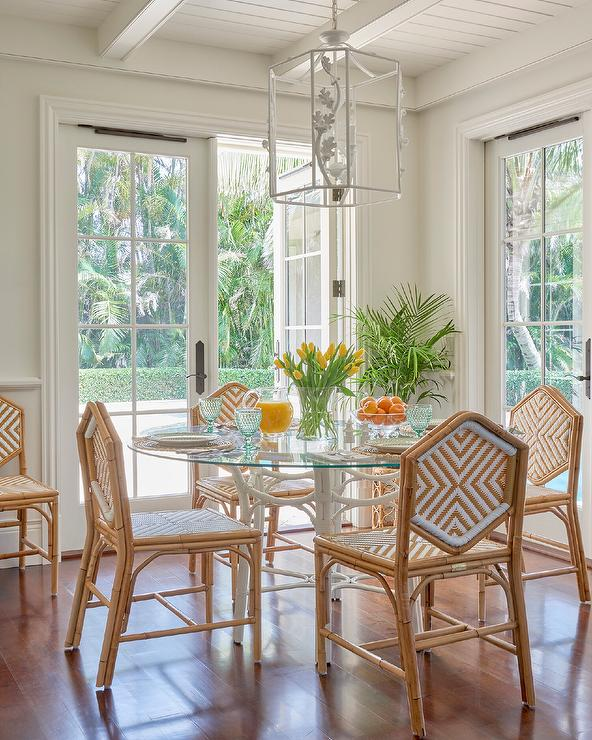 Hexagon Chairs At White Bamboo Table, White Rattan Dining Room Chairs