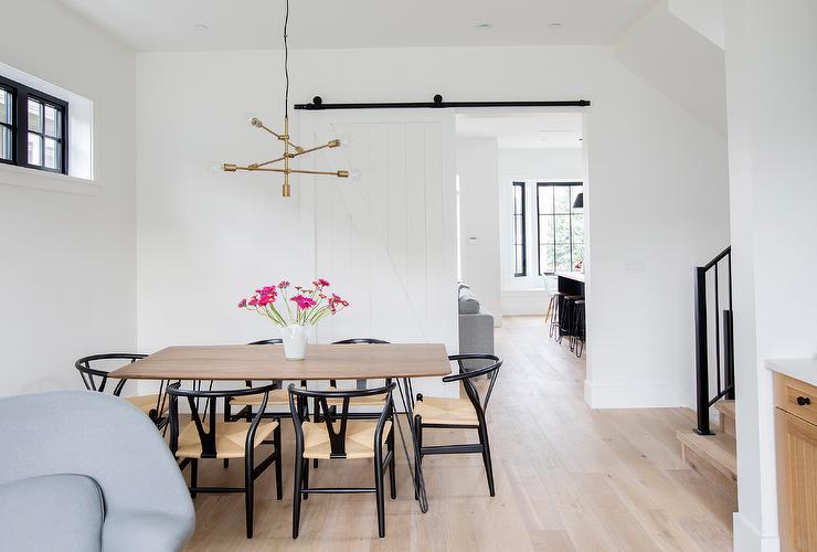 Black Wishbone Chairs At Walnut Dining, Black Wishbone Chairs Dining Room