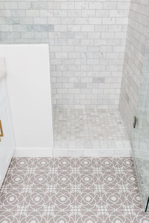White And Gray Mosaic Bath Floor Tiles, White Tile Bathroom Floor
