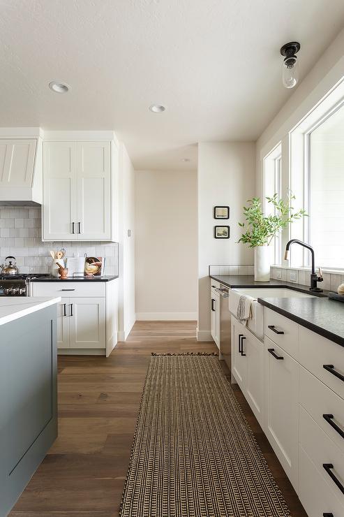 Cream Cabinets With Black Granite Countertops Design Ideas